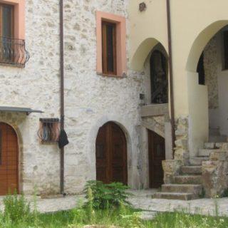 Fondi-Abitazione-in-via-gonzaga-4-500x375