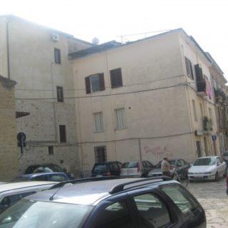 Fondi-Abitazione-in-via-gonzaga-6-500x375