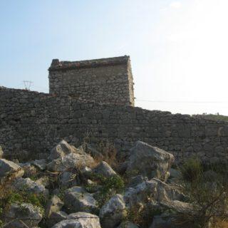 Abitazione abbandonata ventosa-SS Cosma (1)