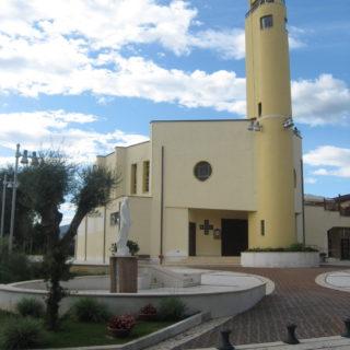 Parrocchia Pio X - Fondi (1)