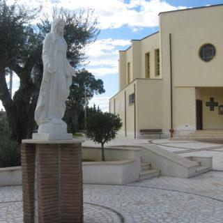 Parrocchia Pio X - Fondi (2)