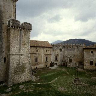 Sermoneta- castello caetani