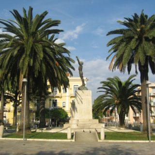 P.zza Vittoria II Formia(4)