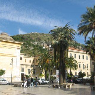 piazza-garibaldi-terracina-2