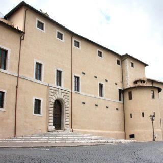 Palazzo Caetani _fronte piazza Caetani_md